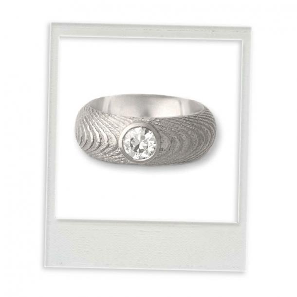 """Ring """"Ossa Sepia"""" mit Brilliant"""